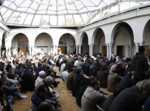 Freitagsgebet in der Genfer Moschee
